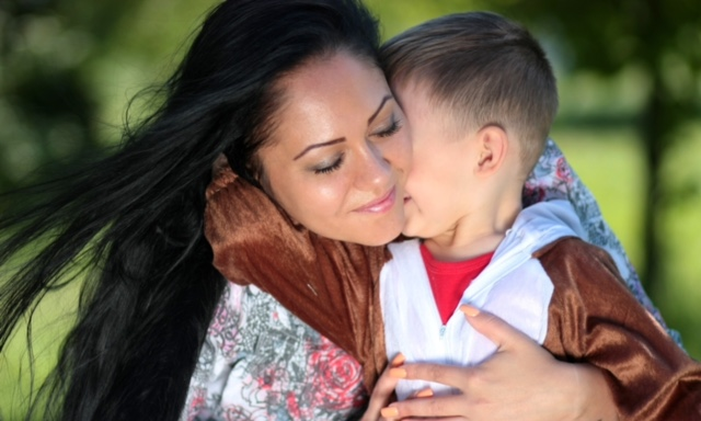 10 ways to THRIVE, not just Survive, as a Single Mum